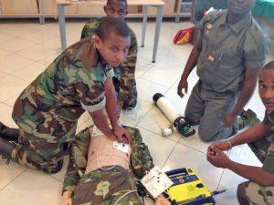 Séance de travaux pratiques : atelier arrêt cardiaque et défibrillateur automatique