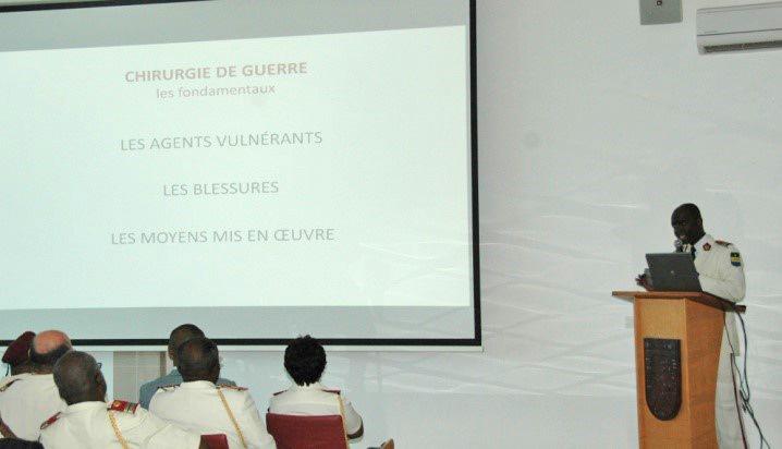 Leçon inaugurale présentée par le médecin lieutenant-colonel N'GABOU, professeur agrégé du Val de Grâce